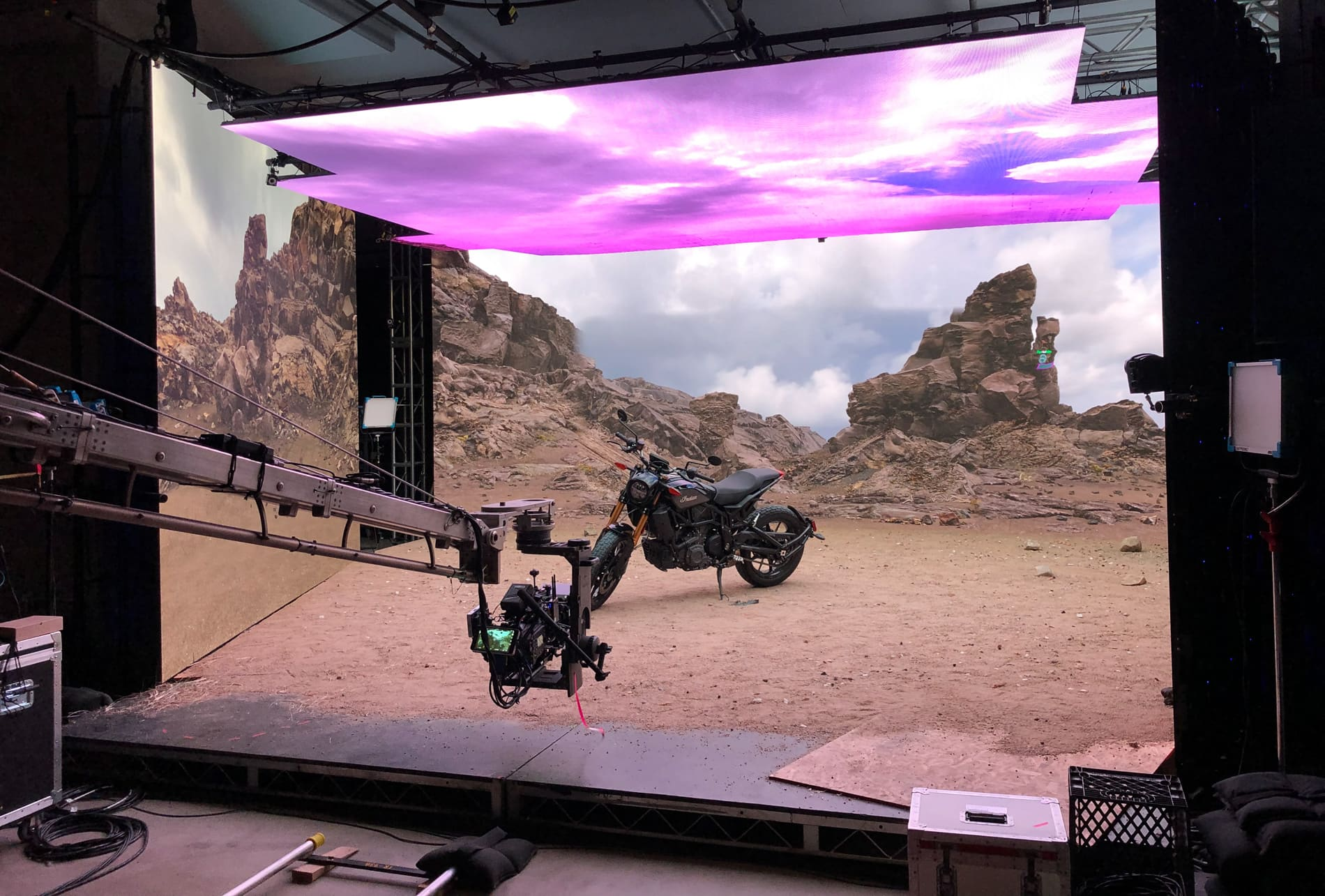 Stage & Virtual Production_PixelPLUS_UAE